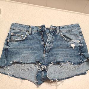 H&M DIY cut off jean shorts sz 25